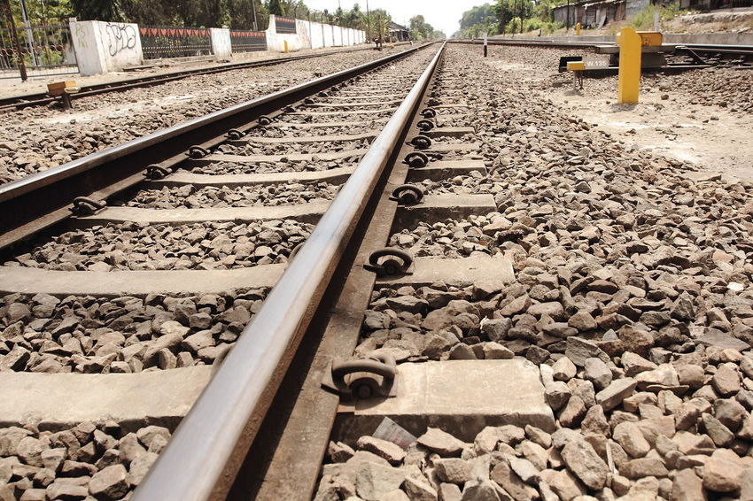 Rail tracks in good comsition Railroad Track Rail Transportation Transportation Railroad Tie Rock - Object Outdoors Photography Eyeemphotography Photographer Fotografi Stockphotography Streetphotography No People Road Travel