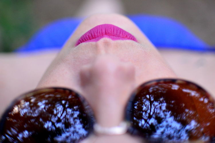 Human Body Part Body Part One Person Close-up Selective Focus Real People Women Extreme Close-up Lifestyles Fashion Unrecognizable Person Adult Human Lips Personal Perspective Human Foot Day Human Skin Outdoors Skin The Portraitist - 2019 EyeEm Awards Portrait Pink Color Lips Lipstick Sunglasses My Best Photo Reflections