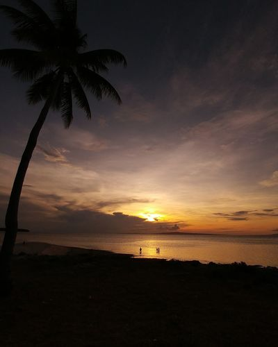 Beach Island Life Sunset Shadows Silhouettes Orange Digyo Island Inopacan Leyte Philippines Sea And Sky Clouds And Sky The Essence Of Summer Travel As I See The World