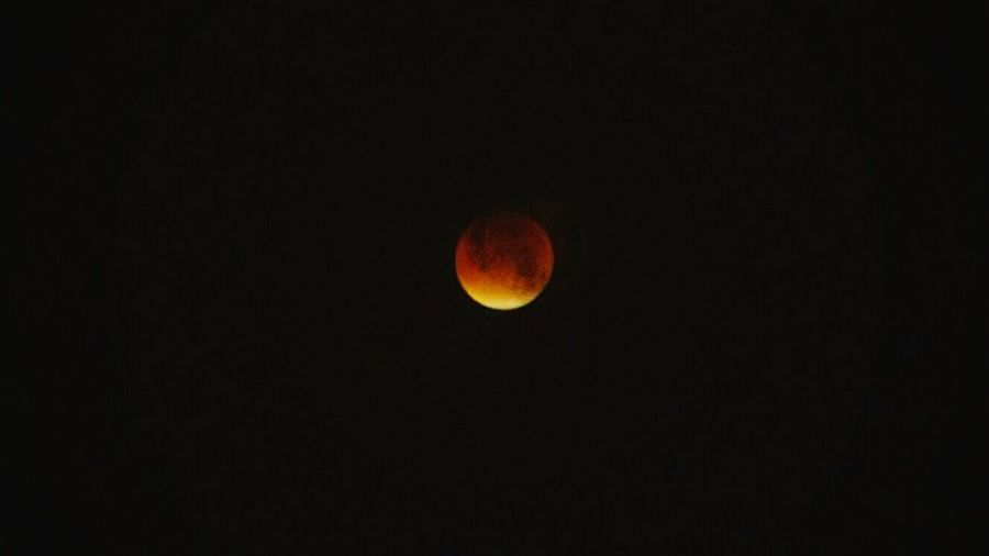 When the moon went rogue. TakeoverContrast Blood Moon Red Moon Red Moon Night The Magic Mission Red Moon Rising London