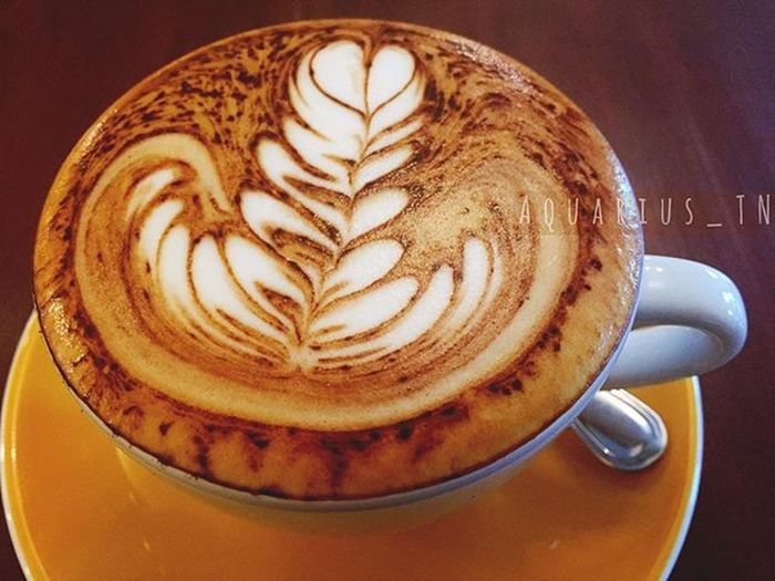 Latepost Afternooncoffee Nakedespresso Smallcappuchino Doubleshotespresso Skimmedmilk Rosetta