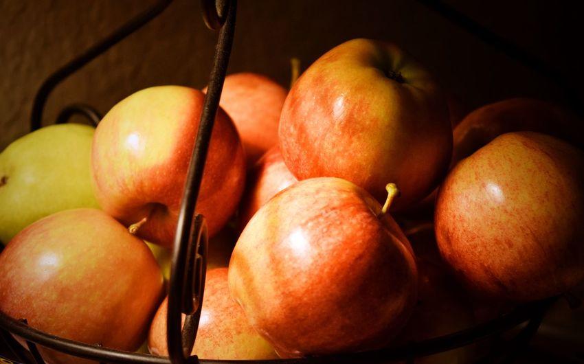 Apples Apple -