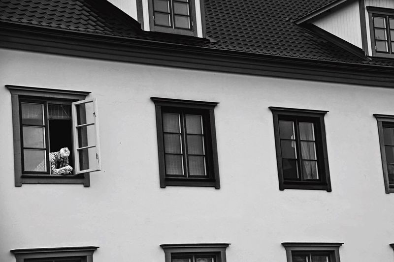Ciggpaus. Window Building Exterior Architecture Built Structure Day Outdoors No People City EyeEmNewHere Blackandwhite Architecture EyeEmNewHere