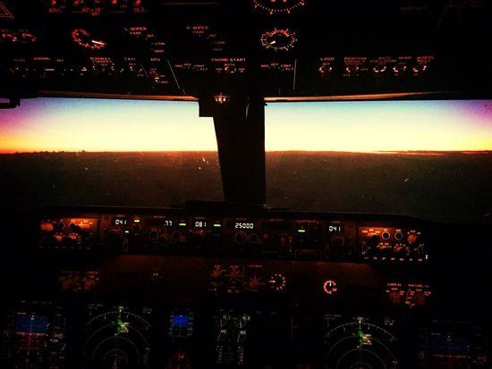 Boeing Fromthecockpit Flying High 30000feetinthesky  Wonderfull Mollucas Pilot Special👌shot