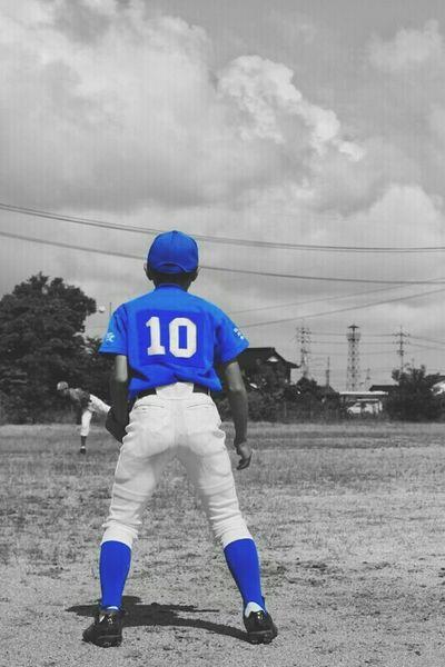 背負った10番の重み。頑張っとるなぁ!オッサンは、その頑張りを感じとるよ! Taking Photos Enjoying Life EyeEm Japan 少年野球 Baseball Junior High School