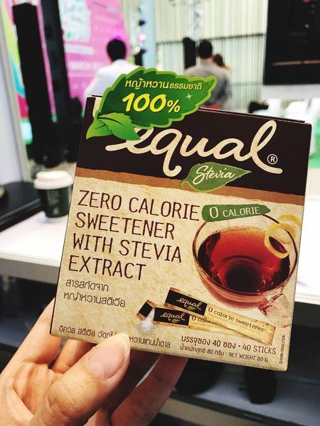 ตัดหวานไม่ได้ก็ต้องใช้ตัวช่วย!! ทางเลือกใหม่ของน้ำตาลเทียม Equal Equal Stevia Stevia หญ้าหวาน Sweetener