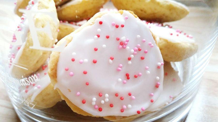 Sweet Food Sugar Food Lemon Sprinkles Vanilla Icing Sponge Cake