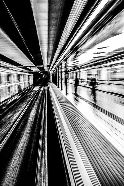 Architecture Illuminated Indoors  Moving Walkway  Subterranean Subtle Subte Linea A Traveling Home For The Holidays Close Up Technology Foto Artistica Blanco Y Negro Artistic Photo Foto Creativa Black And White Artistic Photography Flying High The Secret Spaces