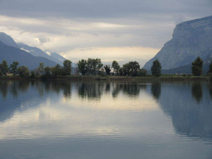 Lago di Toblino, ottobre 2016 Beauty In Nature Cloud - Sky Day Lake Mountain Nature No People Outdoors Reflection Scenics Sky Tranquil Scene Tranquility Tree Water Waterfront