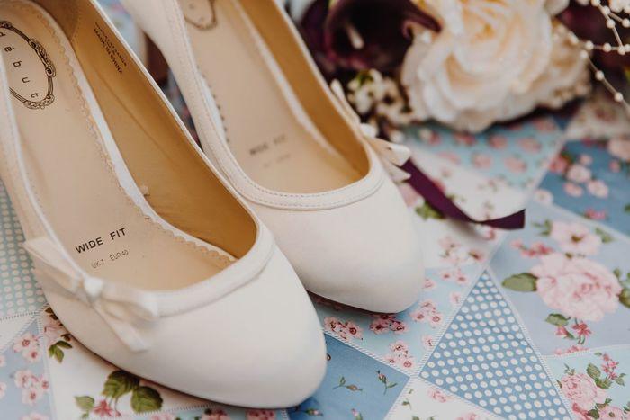 Bouquet Weddingshoes EyeEm Selects Indoors  Still Life Wedding Fashion No People Celebration Close-up Table Day EyeEmNewHere