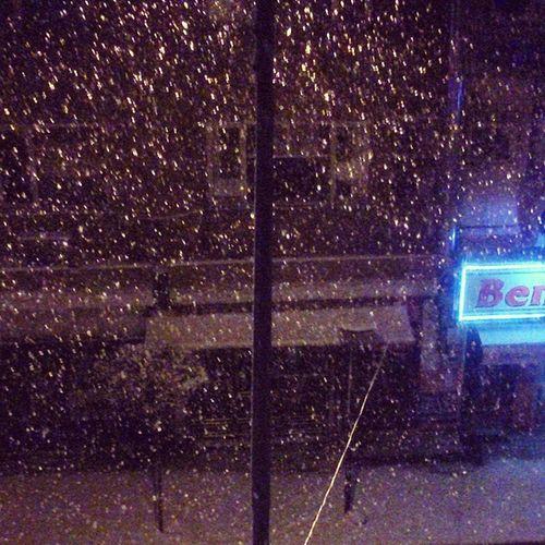 Karlar düşer.. :) Kar Snow Beyaz Sabah bembeyaz SonyXperiaSp