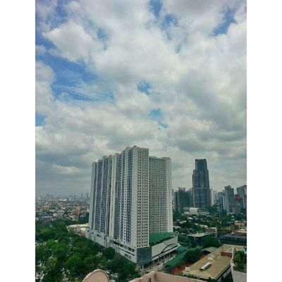 Today Manila was covered with nice clouds suported by gentle breeze Clouds Bluesky DarkFigure DarkClouds Travel Walk Cycling Metropolitan LonelySoul Solo Philippines