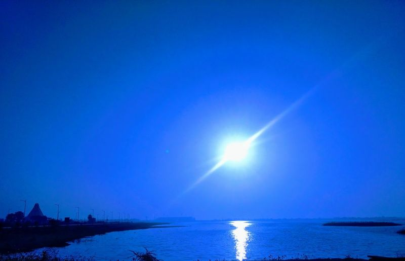 Blue Sky Sea Water Outdoors Tranquility Motog4plus Nature Beauty In Nature Morning Sky Winter Horizon Over Water Sunrise Sunshine Scenics