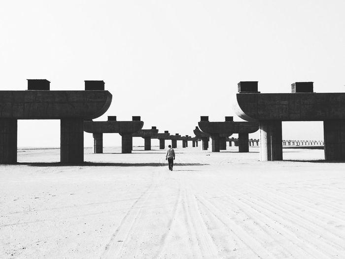 Capturing Freedom Lawrence of Arabia 🐪 Blackandwhite Portrait EyeEmBestPics EyeEm Best Shots Light And Shadow Enjoying The Sun Exploring New Ground Urban Geometry