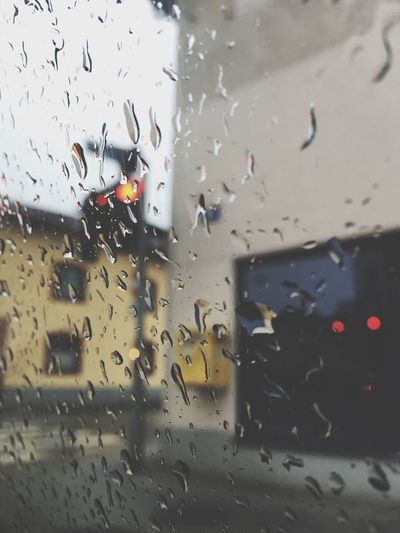 Rainy Days Weather Raindrops Glass Traffic Lights