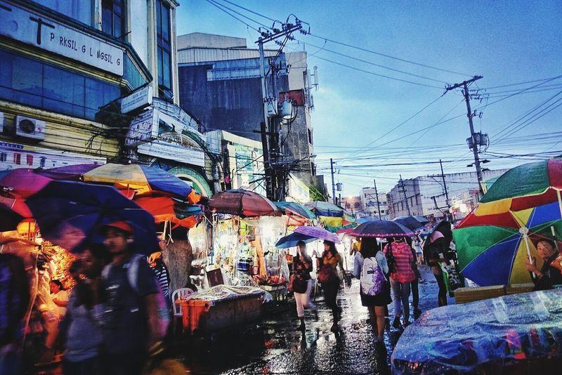 Raining night market City Outdoors People Rainynights Marketplace Documentary Documentary Photography Sonyrx100m4 Sony