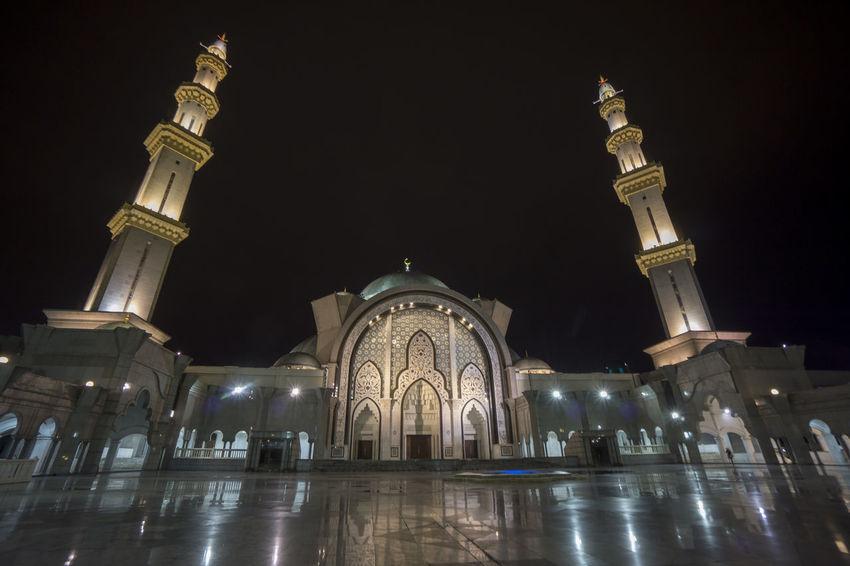 Federal Mosque in Kuala Lumpur. Night scene AllahuAkbar Ramadan  Ramadan Mubarak Architecture Deeds Dome Instanbul Long Exposure Mosque Architecture Muslim Night Othmani