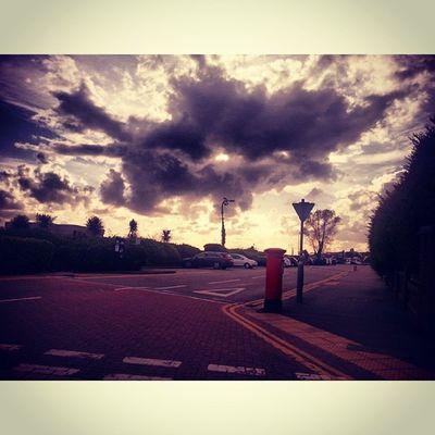 Sunset_stream Ic_skies Viewmysunset Mysunsetcaptures mybest_sunsetsky_vibranceglobal_secretsrsa_skyrsa_lightallunique_prosunset_rvsky_centralworldclassskyrebel_skytgif_sunsetsunset_stream