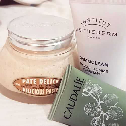 Rituel de soin 🤗Cooconing Night Beauty Beautiful Carefull L'Occitane Caudalie Gommage Masque Institut Esthederm Paris Laboratory Indoors  Day Close-up Lifestyles Adult Happiness
