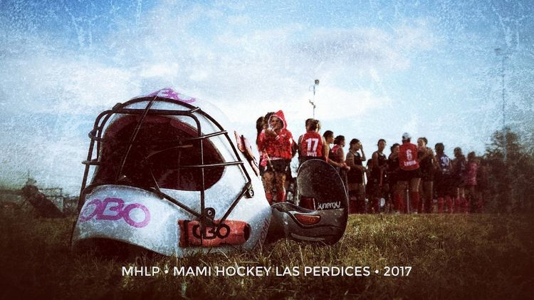 Mami Hockey Hockey Hockey Players Cielo Cielo Y Nubes  Mujeres Mujeres Locas Mujeres Jóvenes Deporte Aire Libre Femenina