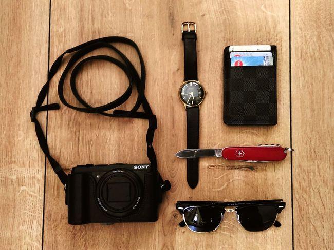 Men's essentials Mensstyle Essentials Raybansunglasses Glashütte Louis_vuitton Victorinox Swissarmy Clubmaster