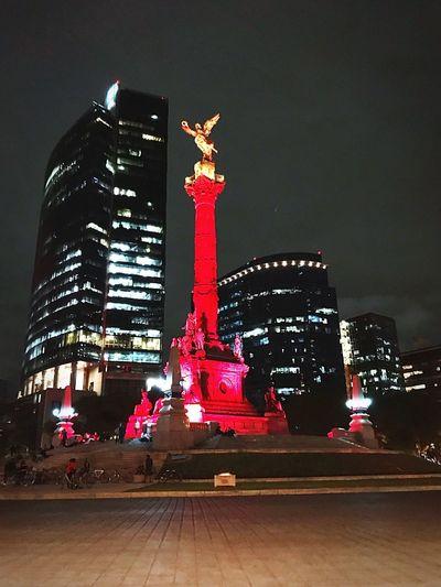 El icono de la independencia de México Night Architecture Outdoors Built Structure The Architect - 2017 EyeEm Awards