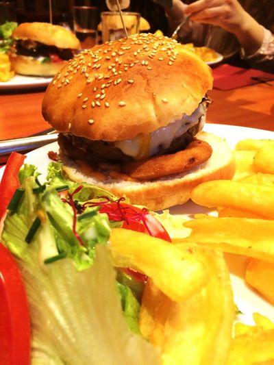 Food Burgers Food And Drink Sherlockholmesquimper Quimper Burger Friends