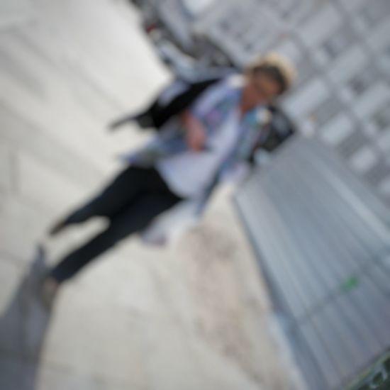 Chámote cando vaia Streetphotography Movilgrafía Fotoderua Woman Desenfoque Woman Miopia