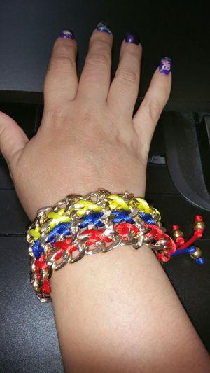 Mi nueva pulsera regalo de mi titiiiiiiii Bracalet Beutiful  Flag Venezuela Lovemycountry Forever