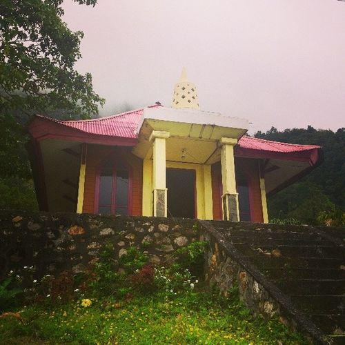 Vihara at Bukit Kasih.. Vihara Travel Manado INDONESIA