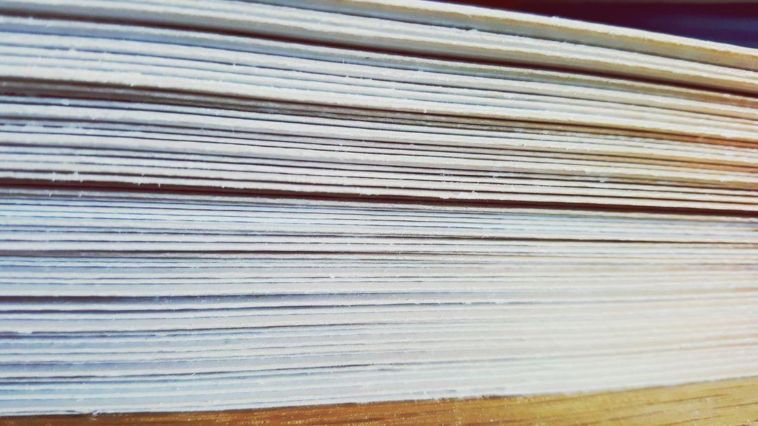 Blätter Flyer Bücher  Hefte Seiten Marketing Werbung Sheets Books Knowledge