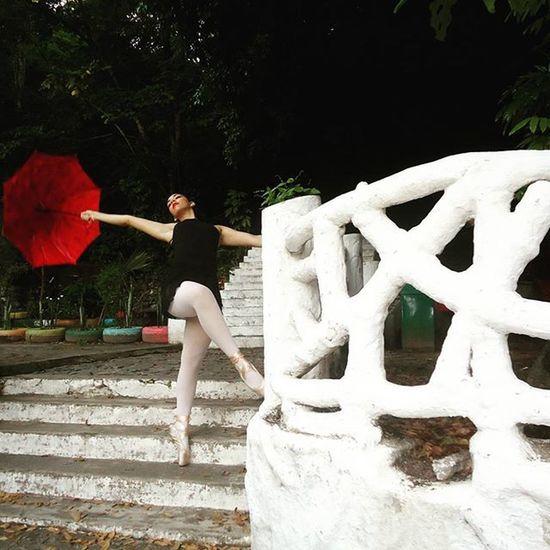 Photographie  Photogram_tr Photo Photographer Photos Photoofday Photogram Fotografar FOTOGRAFEI Ballet Balleturbano Bica Bailarina Parquearrudacamara Followme Follow Likes Instagram Fotogram Instadance Urban
