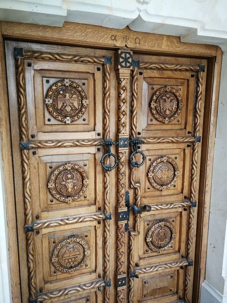 EyeEm Selects Wood - Material Pattern Door Ornate Full Frame Close-up Architecture Closed Door