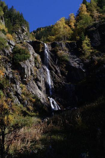 Cascade vers Le