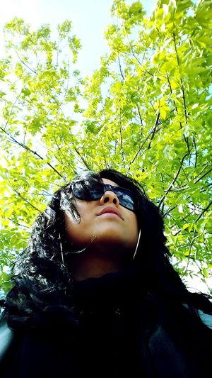 Waiting Catching A Bus Where Is The Bus? Spring Has Arrived Selfie ✌ Self Portrait Hello World That's Me Sherbrooke Sunglasses