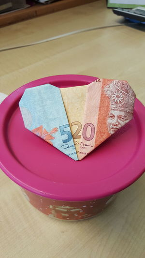 520 ~ I love you! Paper Art Paper Currency PaperHeart Papercraft