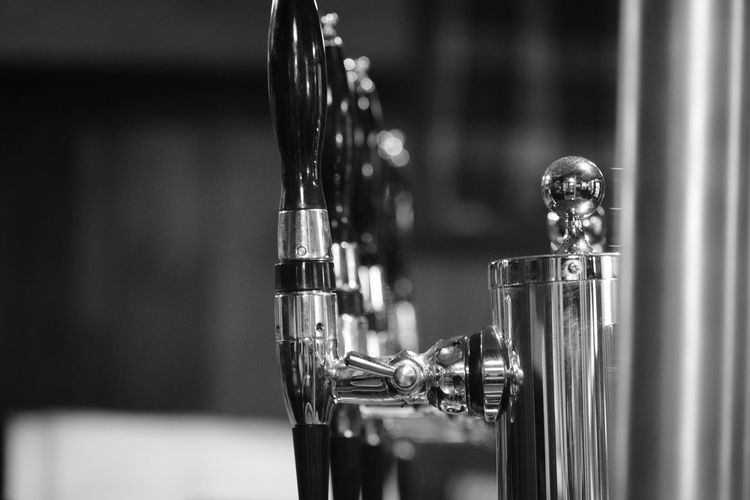 Beer Beverage Classic Cool Liquor Pint Pub Shiny Alcohol Background Bar Blackandwhite Booze Brewery Closeup Club Draft Drink Fresh Indoors  Nightlife Party Pour Restaurant Tap