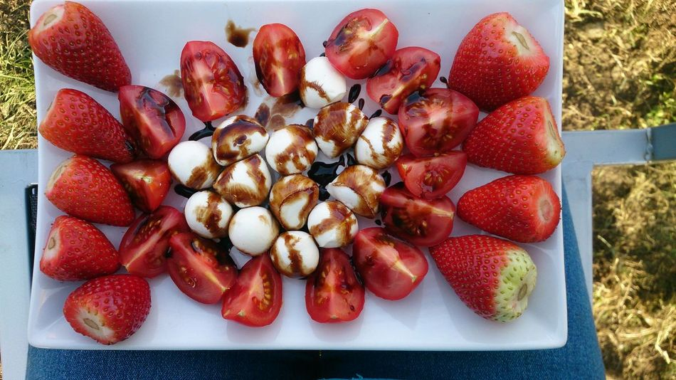 Yummi Strawberries Tomato Mozarella Lecker Lecker