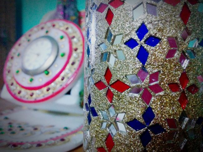 Nexus5 Glitter Mirror Clock Marble Pen Stand White Red Blue