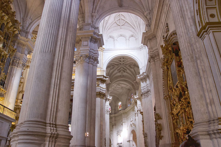 Catedral de Granada Built Structure Architecture Architectural Column Religion Place Of Worship Belief Low Angle View Spirituality Building The Past Indoors  History Travel Destinations Arch No People Ceiling Architecture And Art Ornate