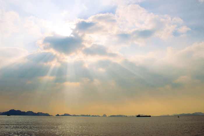 Light from heaven Bay Crepuscular Ha Long Bay Heaven Landscape Lights From Heaven Morning Sun Light Through The Clouds Vietnam