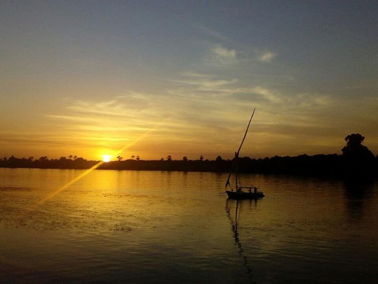 Luxor Reflection Lake Nature Beauty In Nature One Man Only Fisherman Outdoors Sunset Water Fishing Cloud - Sky