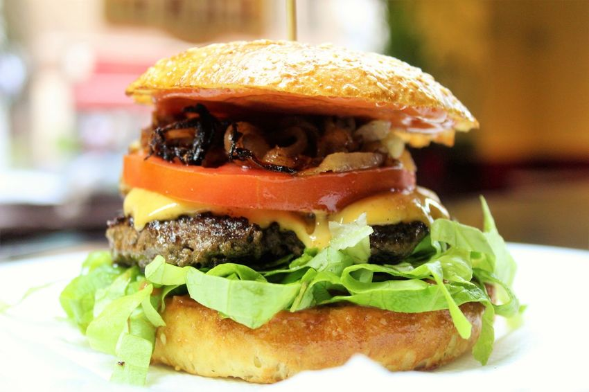 Burger Close-up Day Fast Food Focus On Foreground Food Food And Drink Freshness Hamburger Indoors  Lettuce No People Ready-to-eat Sesame Seed