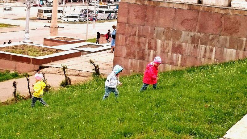 Kids Having Fun Enjoying The Sun Walking Around Streetphotography Colorful