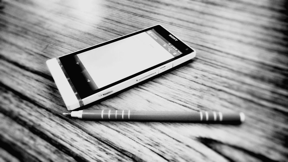 Taking Photos Check This Out Taking Photos Check This Out Technology Nowadays Technology I Can't Live Without Technology Mobile Love First Eyeem Photo Randam Random Shots Writings Photography Editing