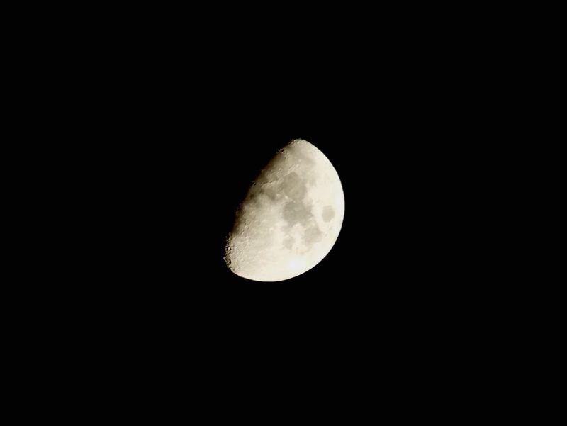 Finepixs4800 Moon Shots Halfmoon Photooftheday Fujifilm Fujifilm Photography