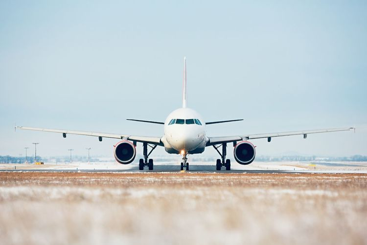Frost Plane Runway Travel Traveling Winter Aerospace Industry Air Vehicle Airplane Airport Airport Runway Airportphotography Clear Sky Commercial Airplane Flying Front View Mode Of Transport No People Outdoors Runway Sky Snow Transportation Travel