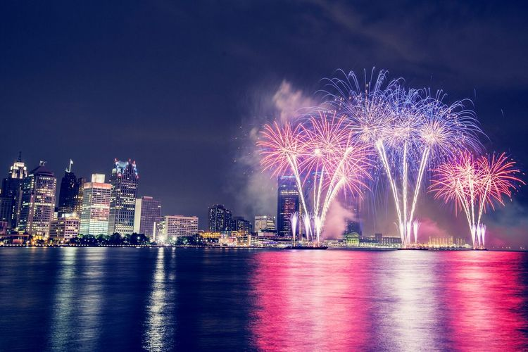 2014 Detroit Windsor Fireworks display along the Detroit River. Shot from Windsor Ontario Canada First Eyeem Photo