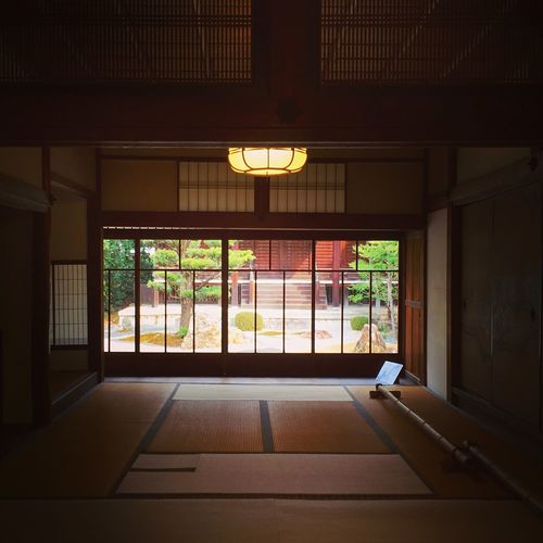 真如堂 真正極楽寺 Trip Photo Travel Destinations Kyoto,japan Kyoto Japan Photography Japan Indoors  Window No People Built Structure Architecture Day