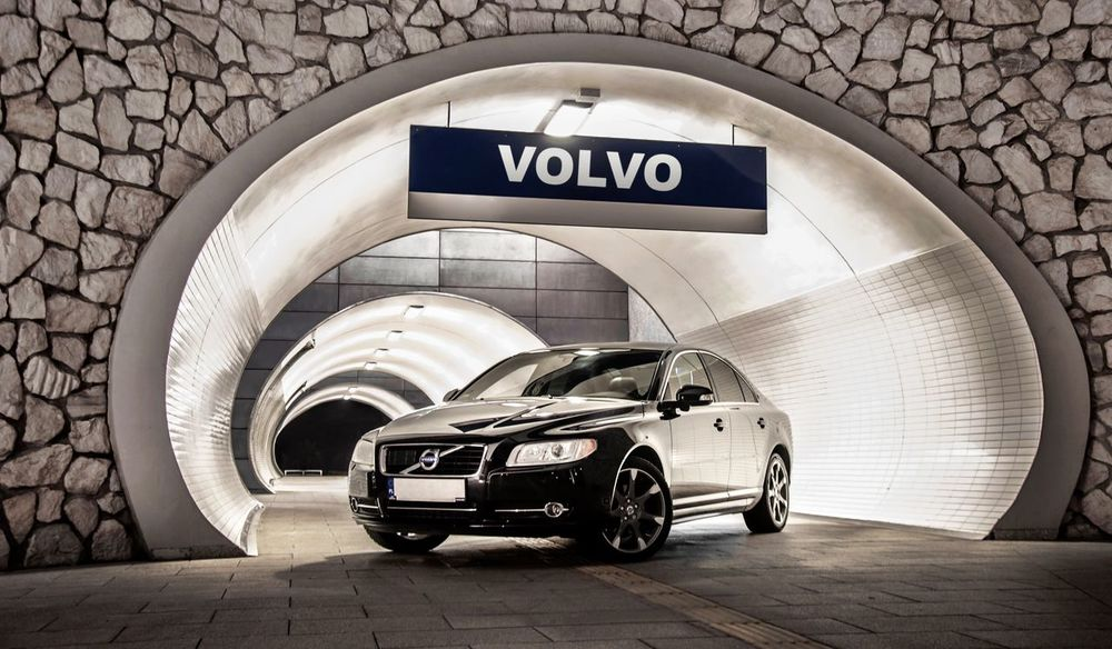 Volvo Volvocars Car City Futuristic Nikon Night Packshot Cardetailing S80 No People High Contrast Autodetailing Beast Fastandfurious Awesome Awesomness Bestoftheday Best  Photooftheday Amazing Black Color